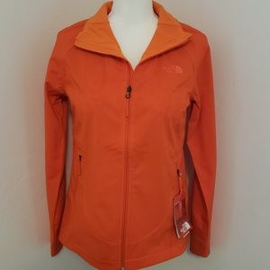 NWT The Northface Apex Byder Softshell Jacket S
